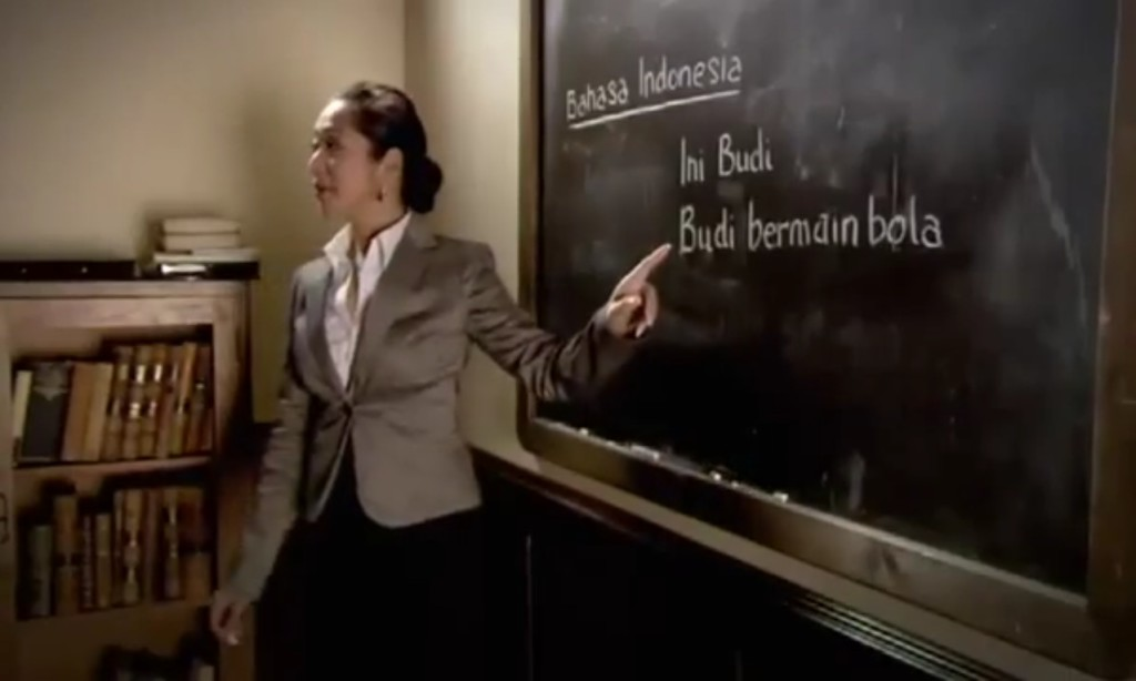 Belajar bahasa Indonesia (Foto: youtube.com)