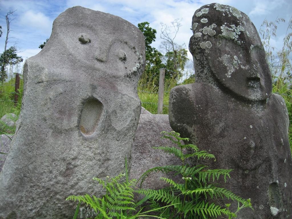 Sisa Peradaban Megalitikum di Lore Lindu (Foto: anonim / lokaltuban.blogspot.co.id)