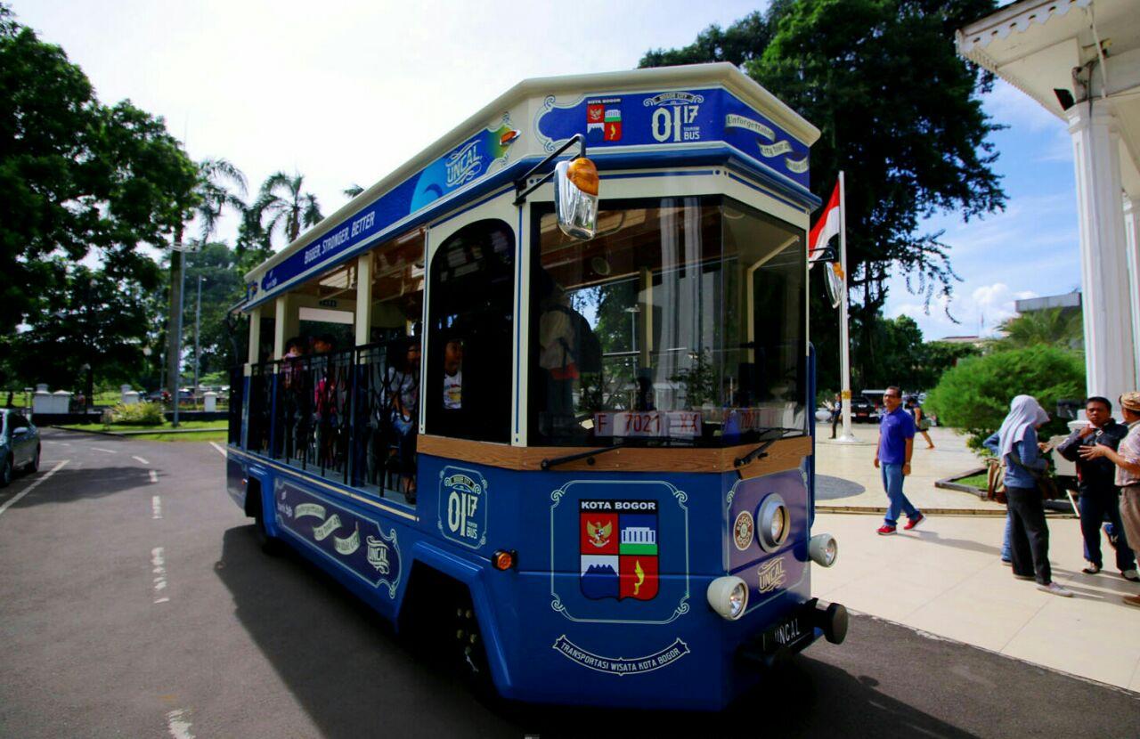 Bus Uncal   Foto: kabarindoraya.com