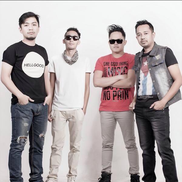 Thirteen Fighting, band indie asal Yogyakarta yang merajai kota tersebut.