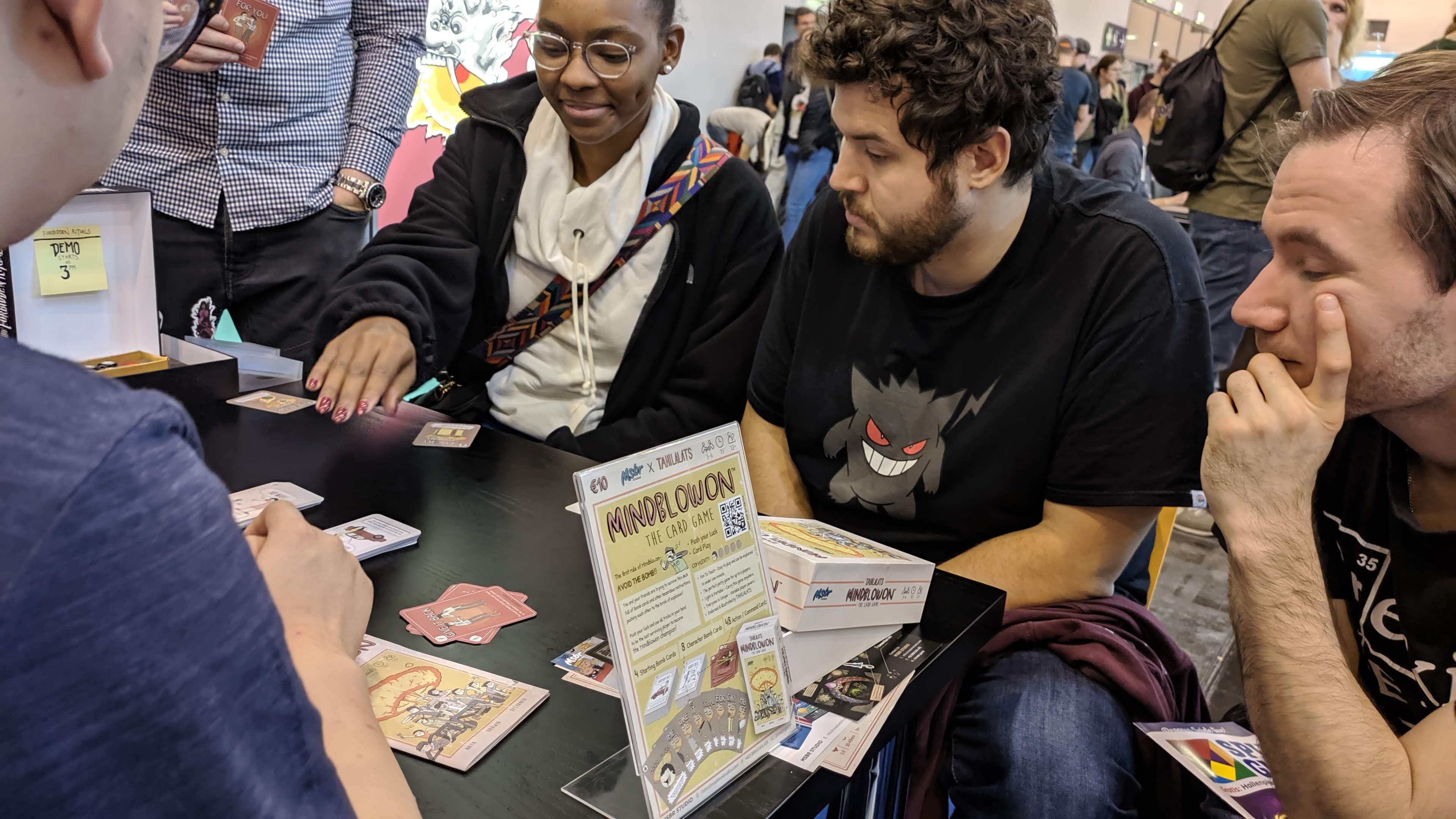 Peserta antusias mengikuti permainan Boardgame Tahilalats Mindblowon   Foto: Dok. Tahilalats
