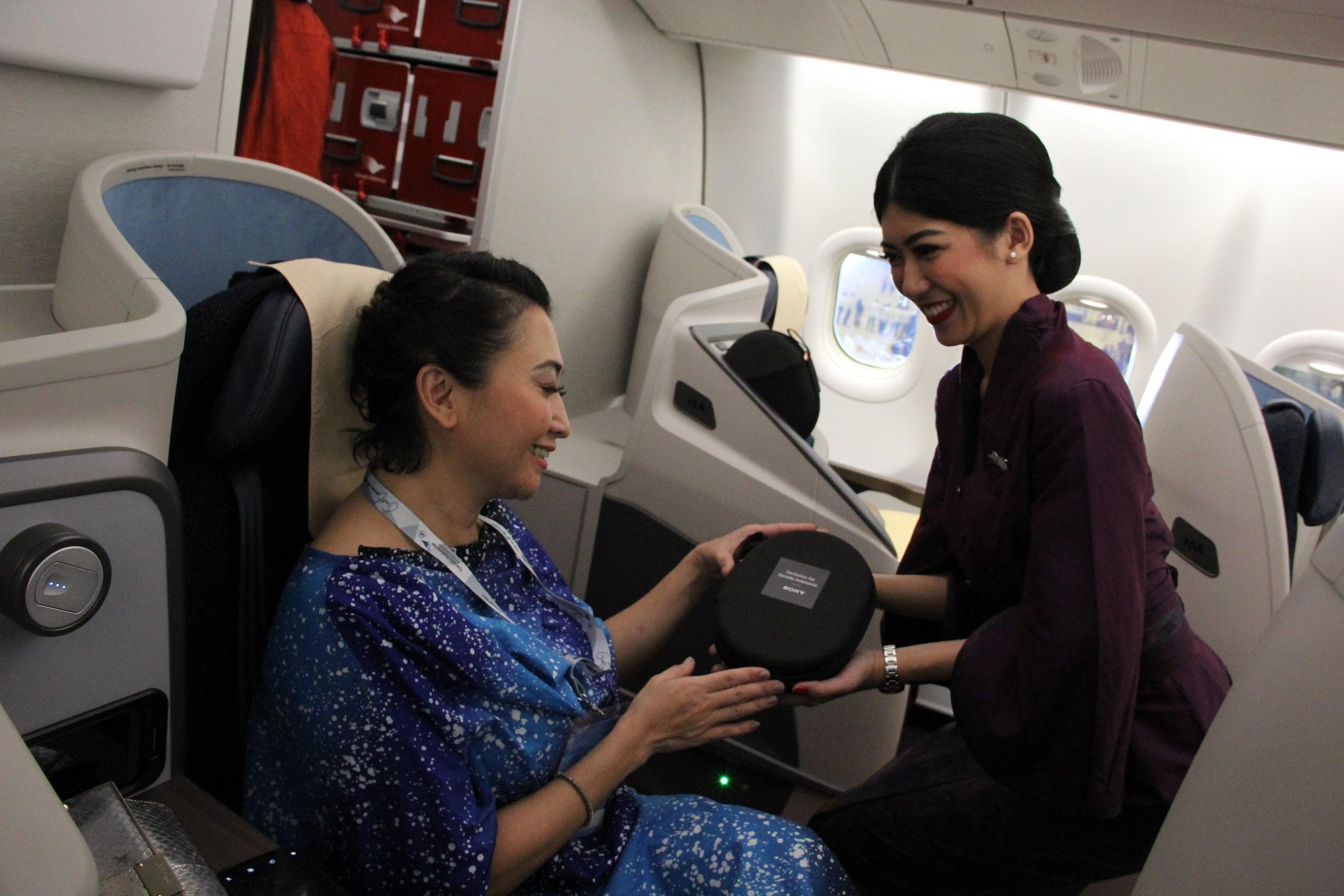 Kursi kelas bisnis di di A330-900NEO Garuda Indonesia | Foto: Garuda Indonesia