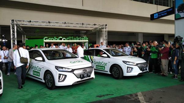 GrabCar Elektrik memakai mobil buatan Hyundai | Foto: Dok. AP II