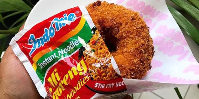 Donat Indomie goreng | Sumber: Merdeka.com