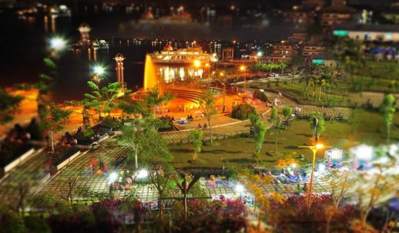 Alun-alun Pontianak | Foto: Borneo Channel