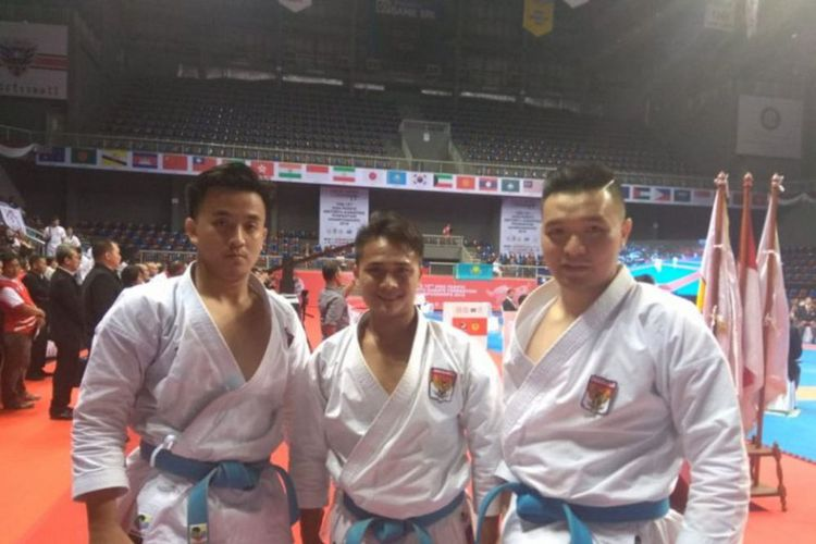 Tim putra karate Indonesia di APSKF ke-15   Foto: Antara