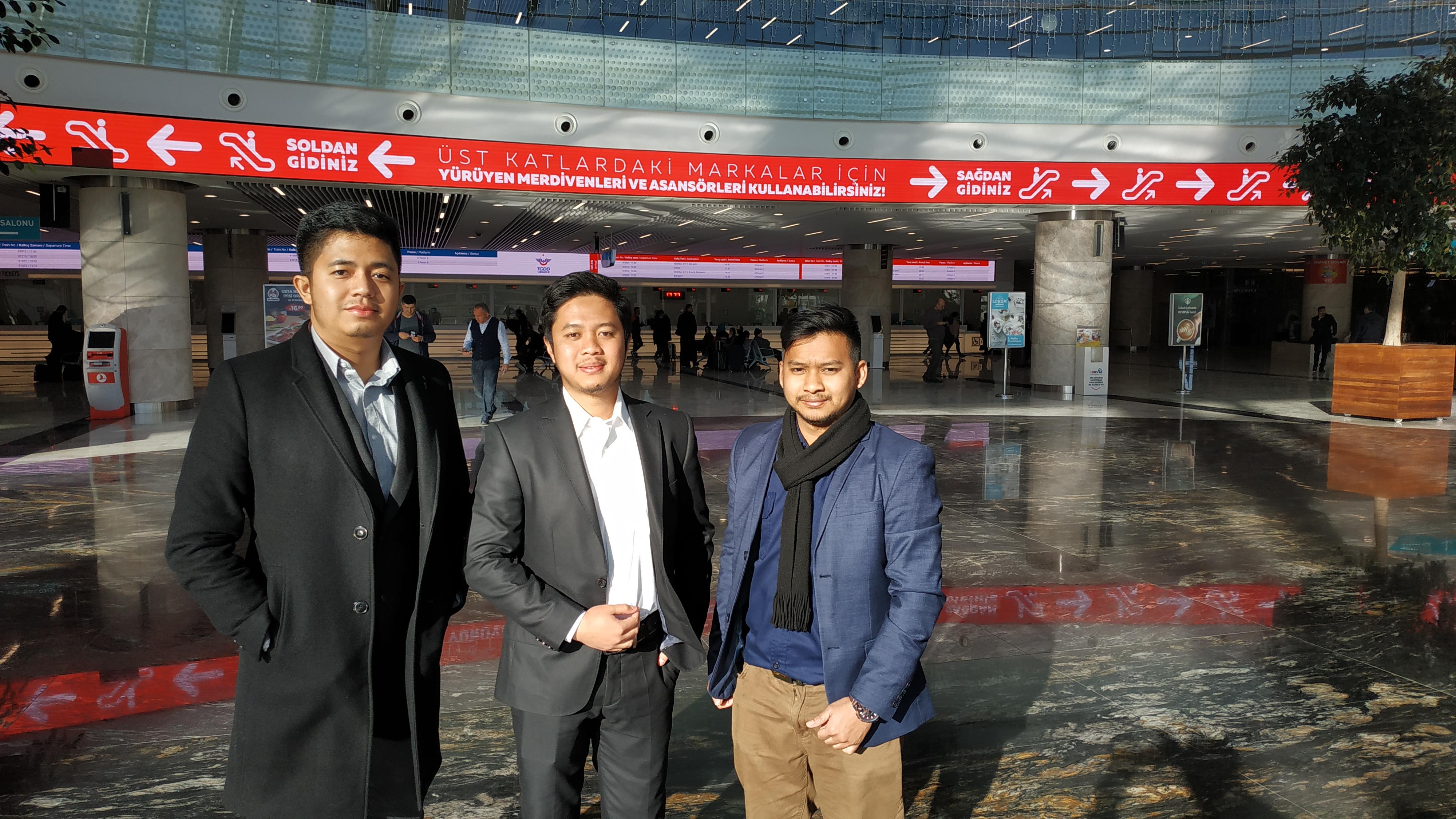 Farhan, Gesta dan Adli inisiator komunitas pelajar ASEAN di Turki