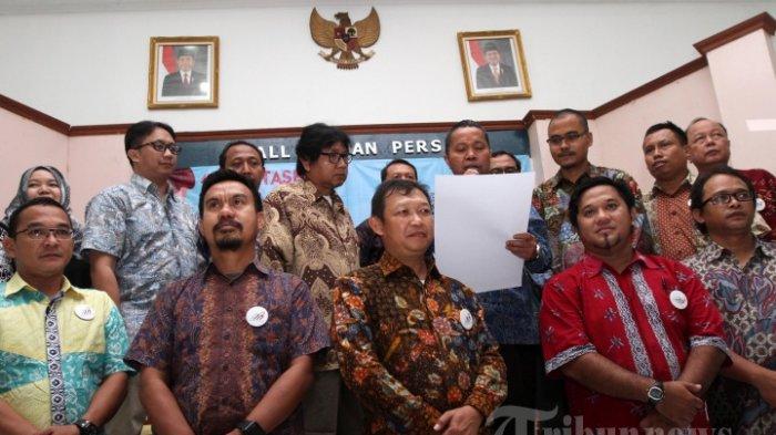 Ketua Dewan Pers sambut baik AMSI (sumber : Tribun Pekanbaru - Tribunnews.com)