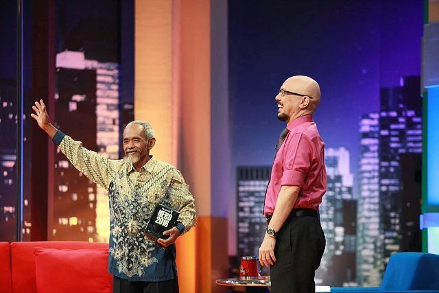 Mbah Sadiman di acara kick Andy (sumber : Imgrum)