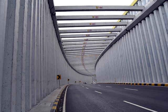 Terowongan Jalur Lingkar Nagreg (sumber : lewat media blogger)