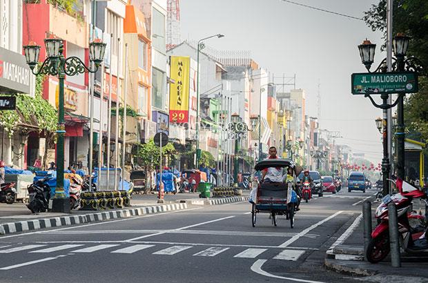 Salah satu sudut Jogja, Jalan Malioboro (sumber : Yogyes)