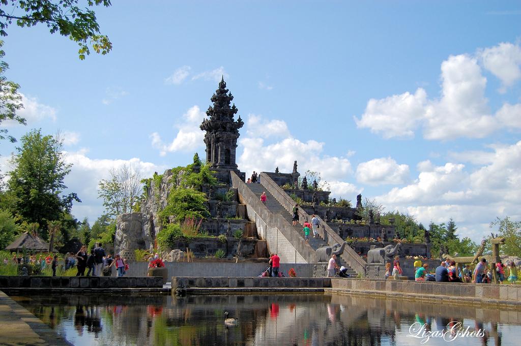 Sudut megah di The Kingdom of Ganesha (sumber : jadiberita.com