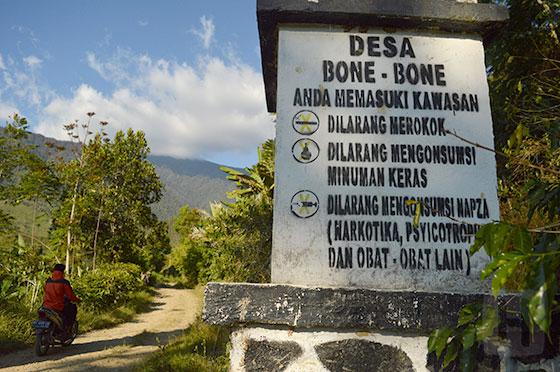 Larangan di Desa Bone-Bone (Sumber : Radio Pemuda FM)