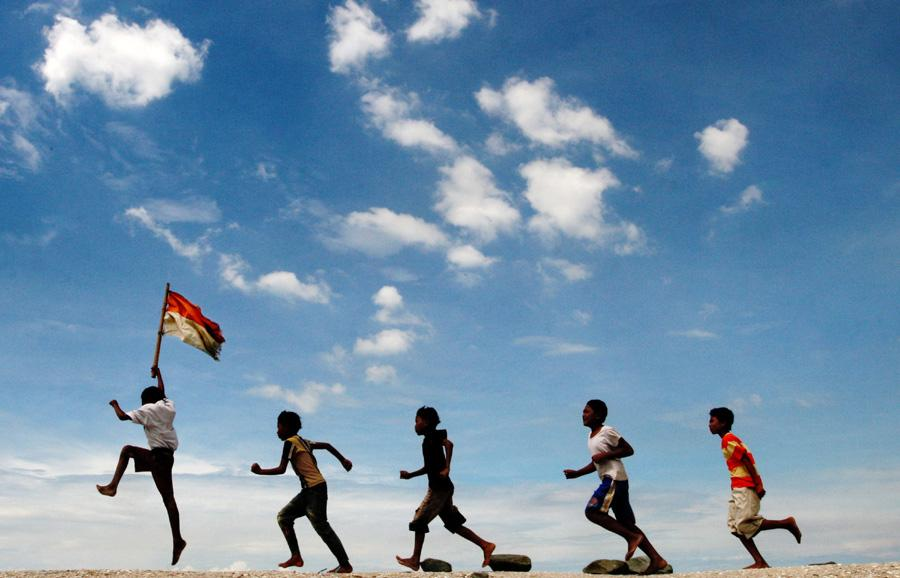 Generasi Penerus Bangsa (Sumber :Zelously Blog)