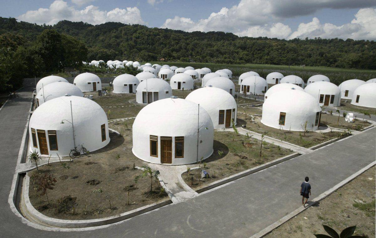 Rumah Dome Teletubbies © (sewarumahonline.blogspot.sg)