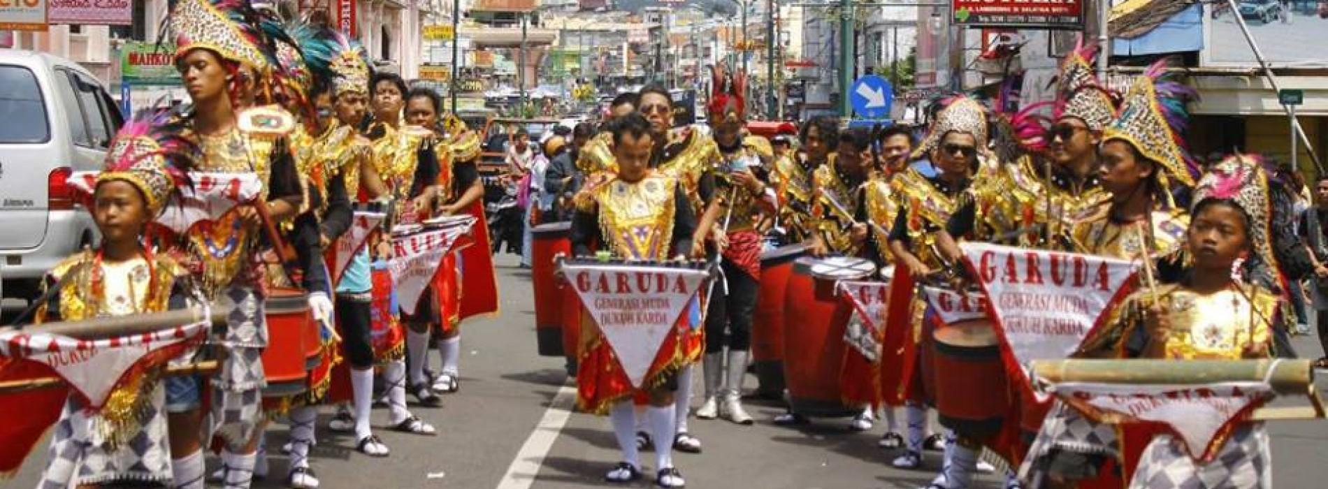 Festival Drumblek Salatiga (Sumber : patainews.com)