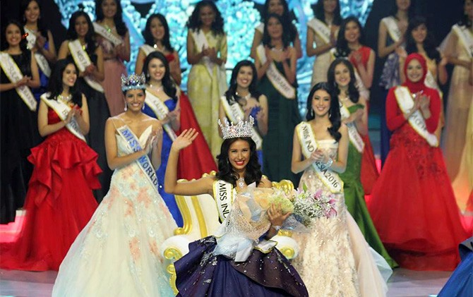 Miss Indonesia 2017 Achintya Holte Nilsen (sumber : Jawapos.com)