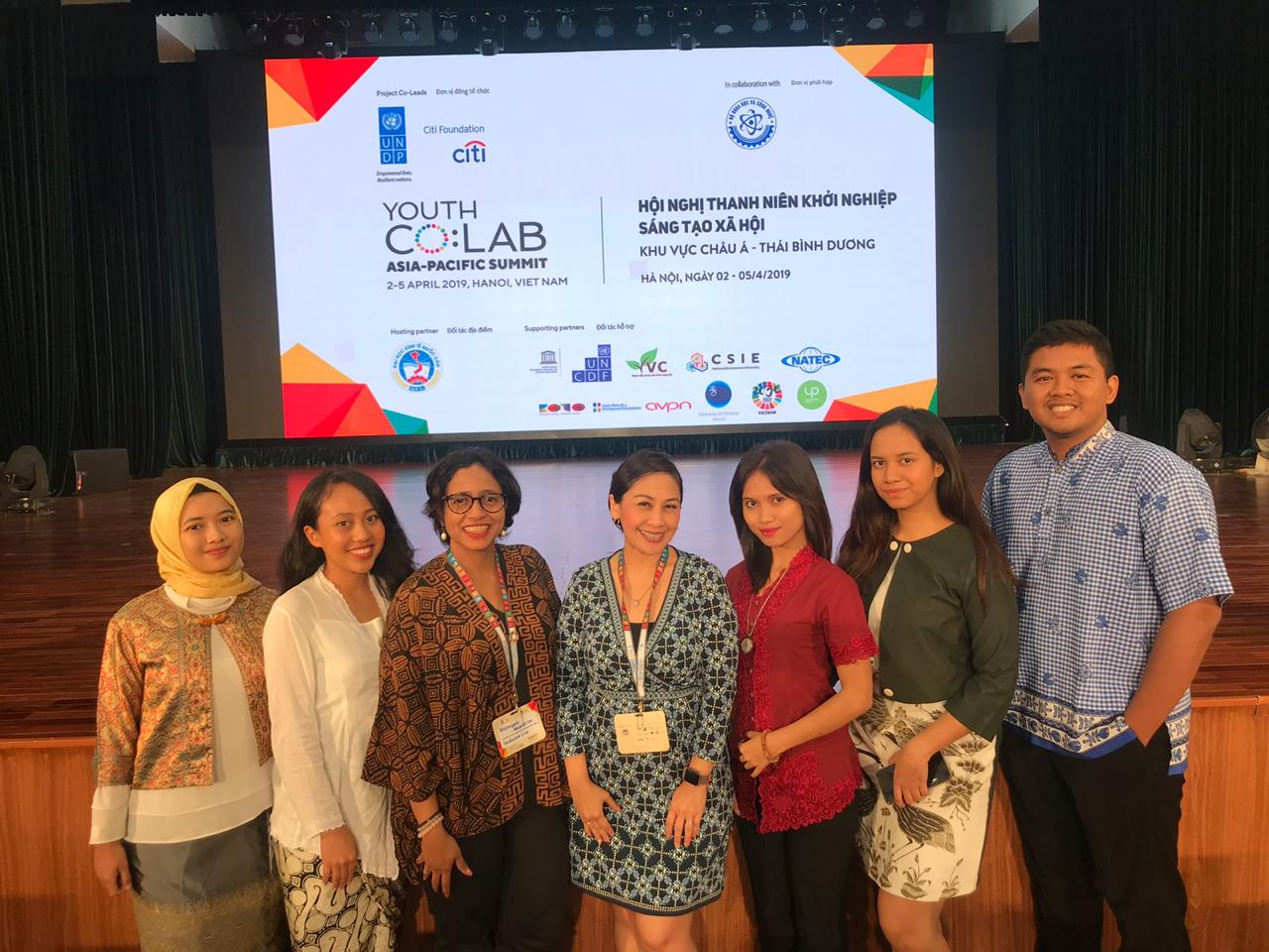 Hanifah Makarim Kepala Dit Dana Masyarakat Bekraf dan Elvera N. Makki Country Head of Corporate Affairs Citi Foundation bersama Perwakilan indonesia dan UNDP Indonesia