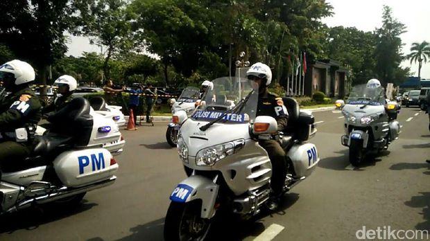 Voorijder Polisi Militer yang dampingi perjalanan rombongan Raja Salman. (DetikCom)