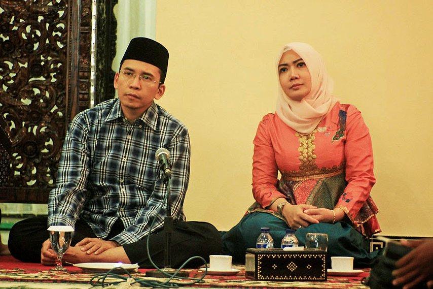 Gubernur NTB Zainul Majdi dan istri. © Kompasiana