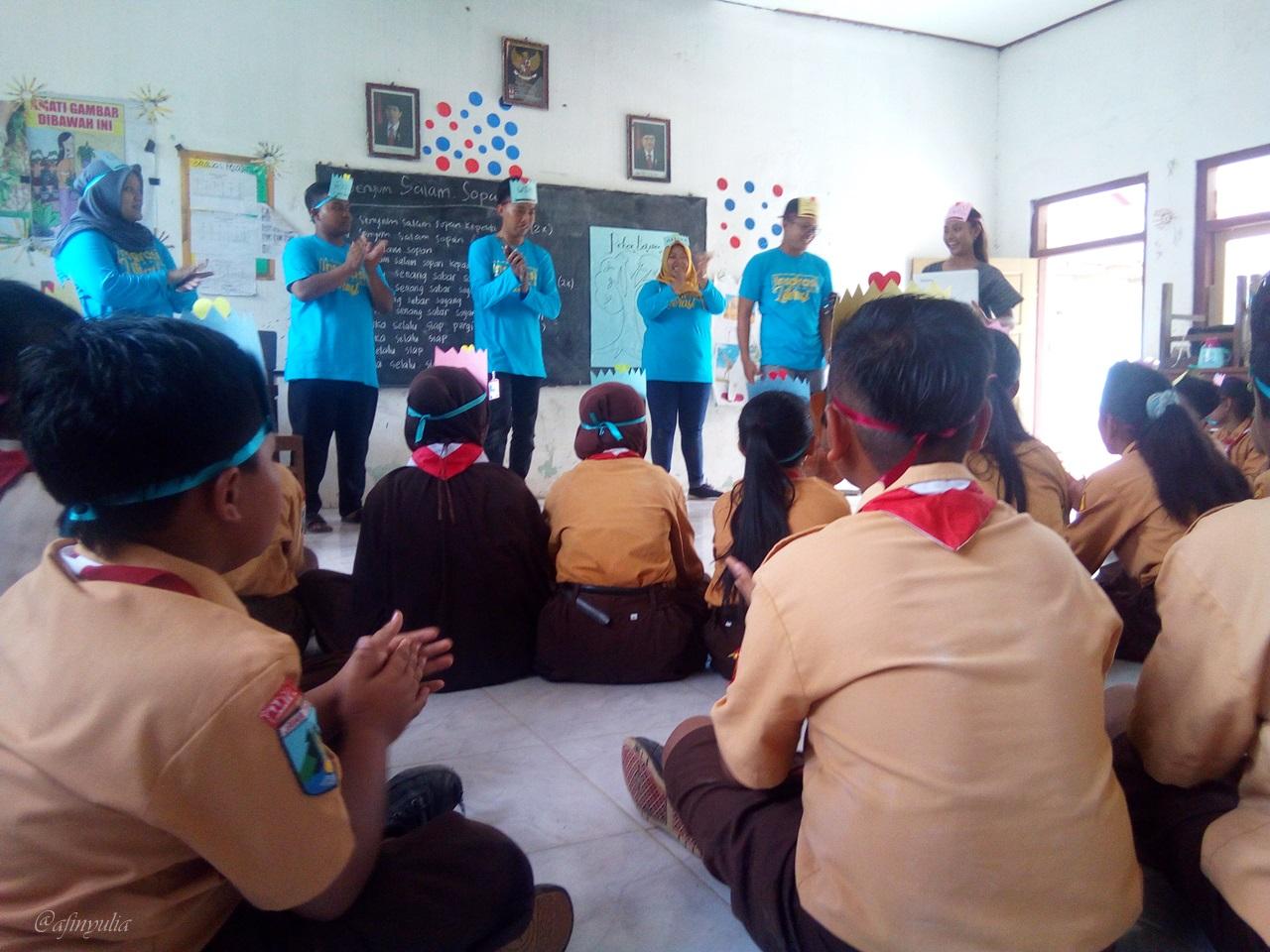 Kegiatan Inspirasi Sekolah Literasi 5 RLI