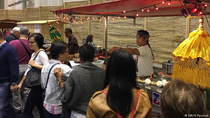 Berbagai menu kuliner Indonesia bisa dicicipi pengunjung Jerman hanya dengan datang ke event Pasar Hamburg 2017
