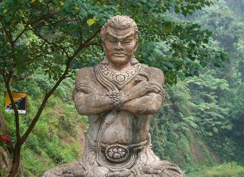 Patung Gajah Mada di Madakaripura (Kompasiana)