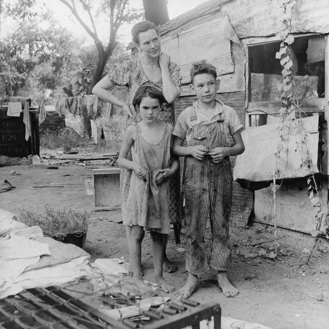 Foto keluarga miskin di masa Great Depression 1936 di Oklahoma, AS    Dorothea Lange Wikimedia Commons