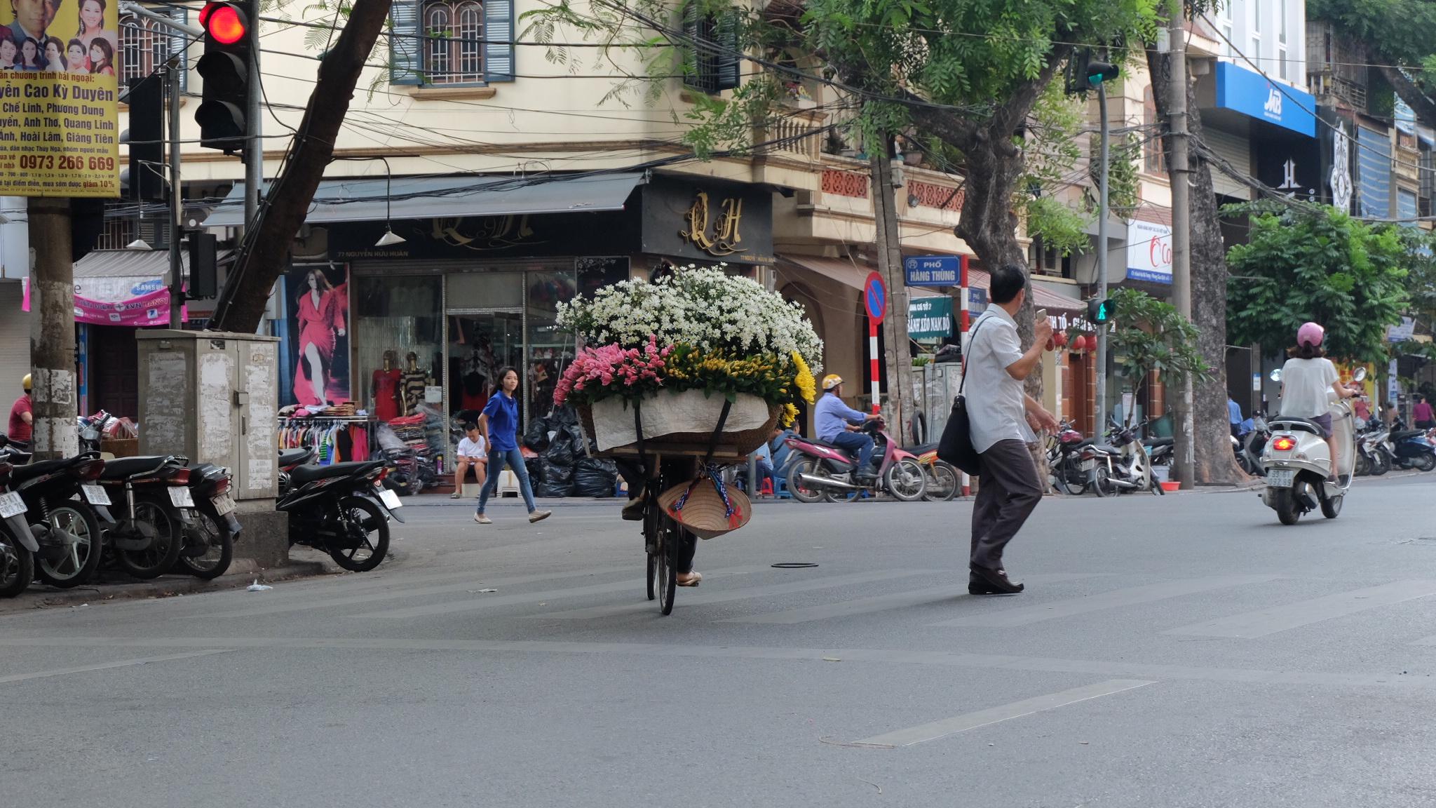 Salah satu sudut kota Hanoi | foto : Akhyari Hananto