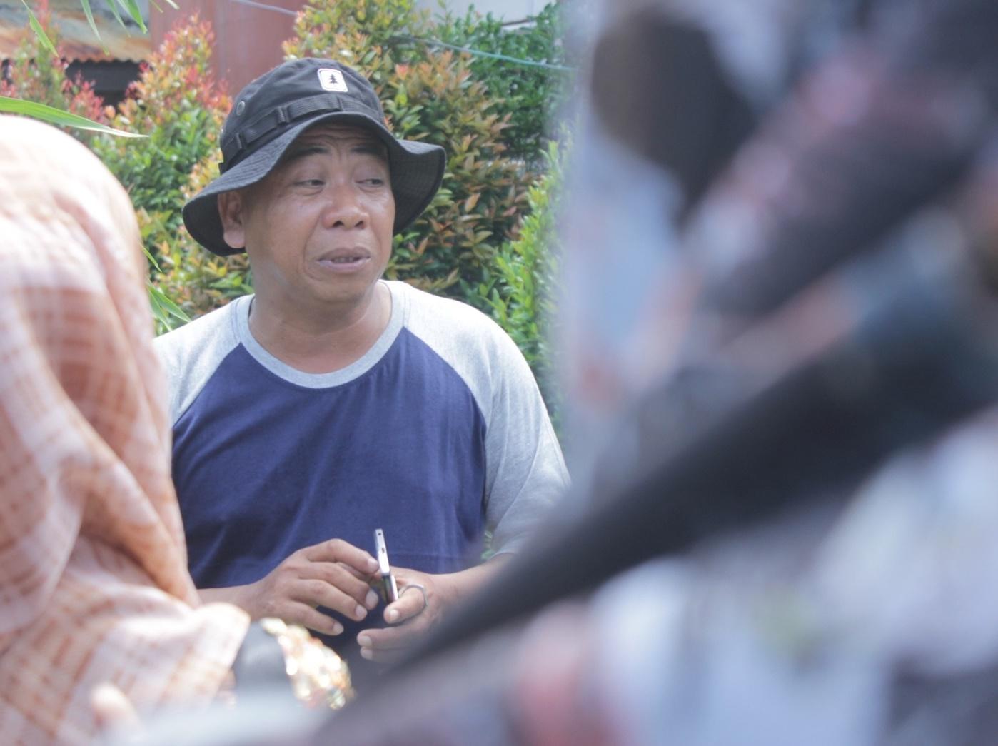 Salah Satu Warga yang Juga Merupakan Ketua RT Setempat