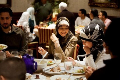 Momen Buka Bersama Sebagai Agenda yang Ditunggu-Tunggu Saat Bulan Puasa Tiba