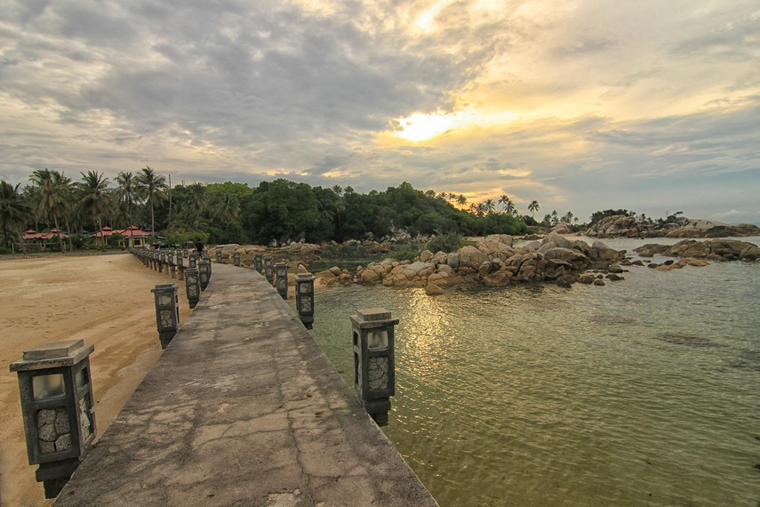 Pantai Parai Tenggiri | Sumber dok: IndonesiaKaya.com