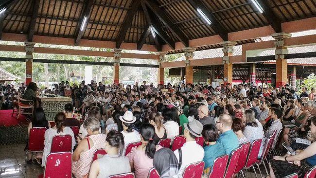 Pengumuman Keduabelas Nama Penulis Disampaikan di Ubud Writers & Readers Festival   Sumber dok: CNN Indonesia