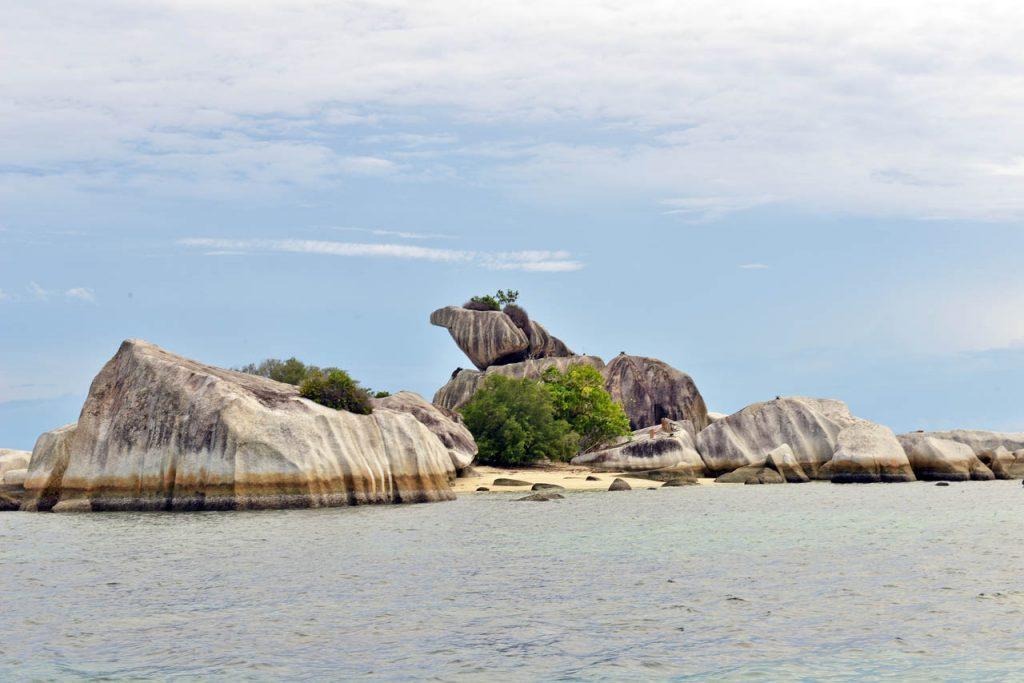 Pantai Tanjung Kelayang | Sumber dok: Bangka Tour