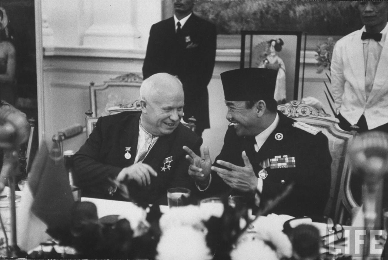 Soekarno Menjadi Bapak Bangsa yang Dikenal hingga Bahkan di Dunia Luar | Sumber dok: Nasionalisme Indonesia