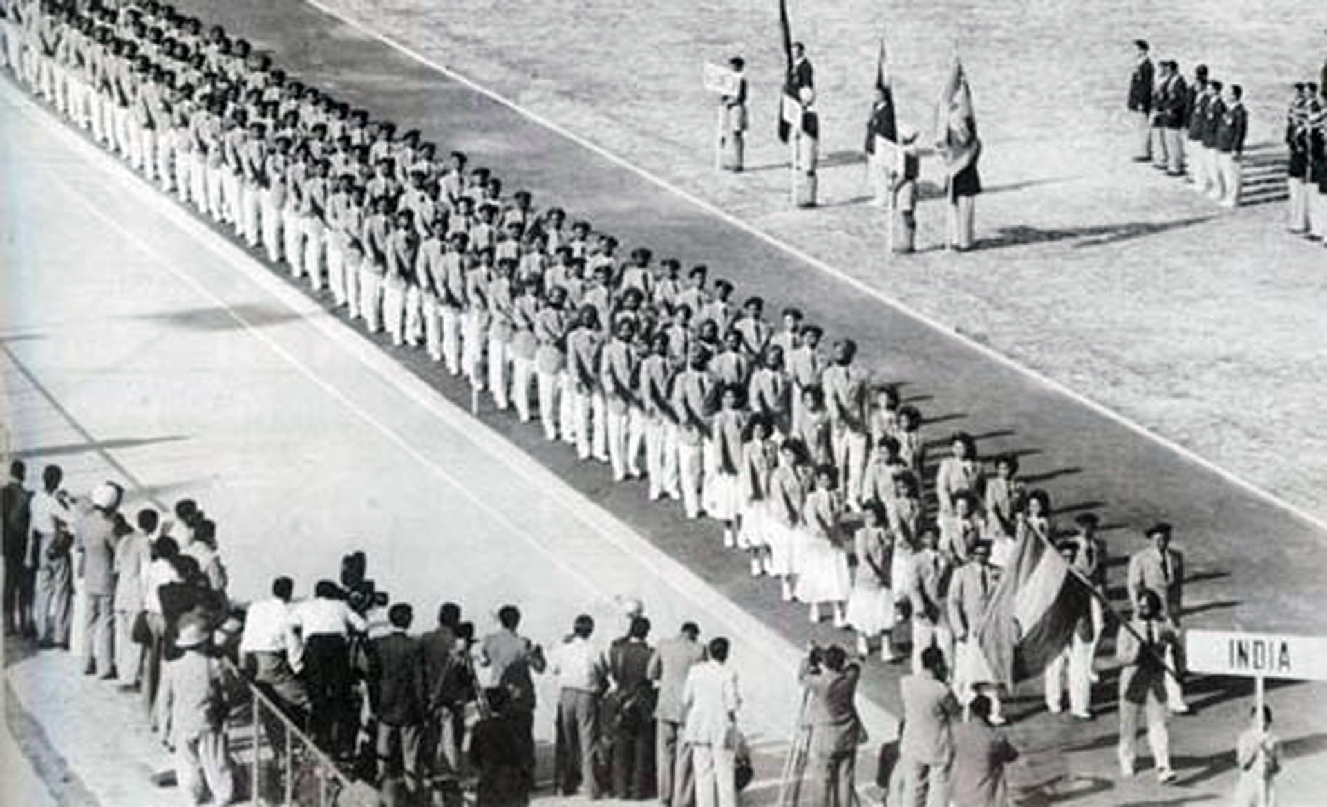 Pembukaan Asian Games Pertama di Stadion Nasional Kota New Delhi, India, Pada 4 Maret 1951