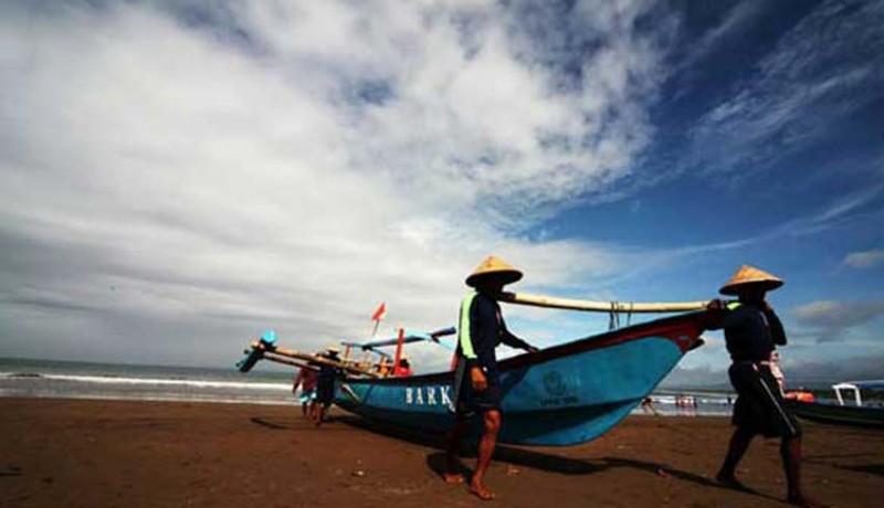 Ilustari Masyarakat Pesisir Nelayan Desa Pengambengan Bali