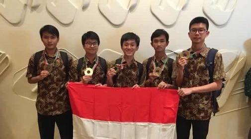 Wajah Bahagia Pelajar Indonesia Usai Mencetak Kemenangan