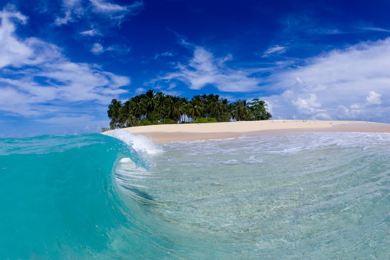 Ombak di Kepulauan Mentawai yang Mempesona | Sumber dok: KSM Tour