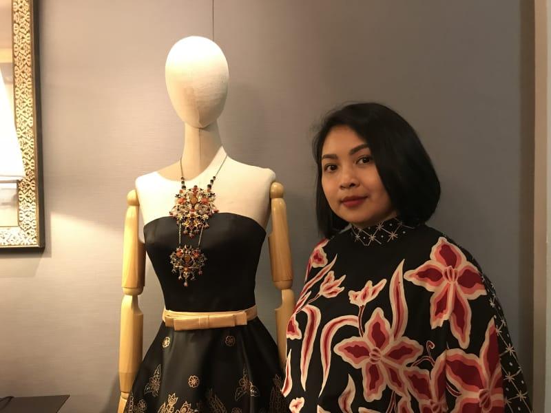 Era Soekamto yang Rancang Batik Untuk Barbie | Sumber dok: Kumparan