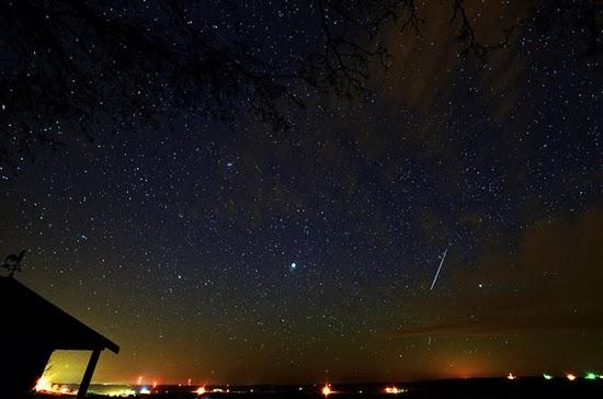 Hujan meteor Quadrantid 2014 di Paris, Prancis | Mike Bryan / Info Anostromy