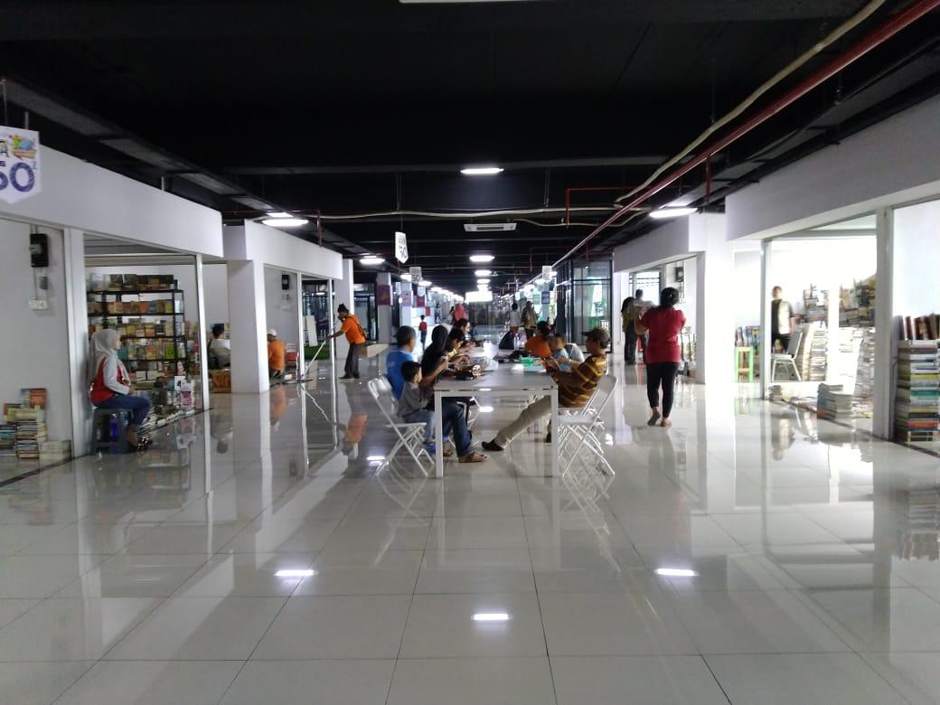 Kondisi Pasar Kenari | Foto : indonesiainside.id