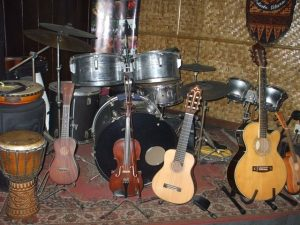 Alat musik Keroncong Tugu | Foto: kemdikbud.go.id