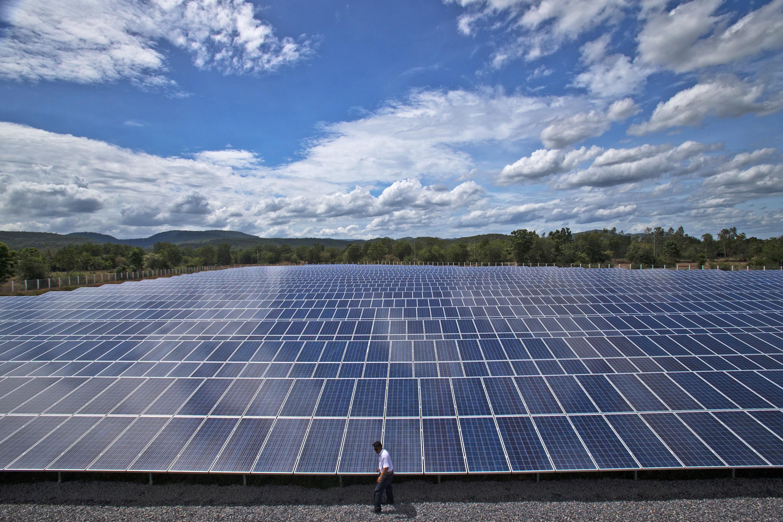 Ilustrasi Panel Surya | foto: Greenpeace.org