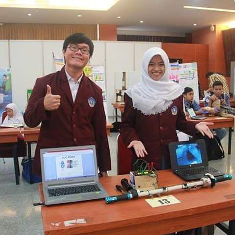 Hans dan Siti di pameran LIPI tahun 2016 (foto: Kontes LIPI)