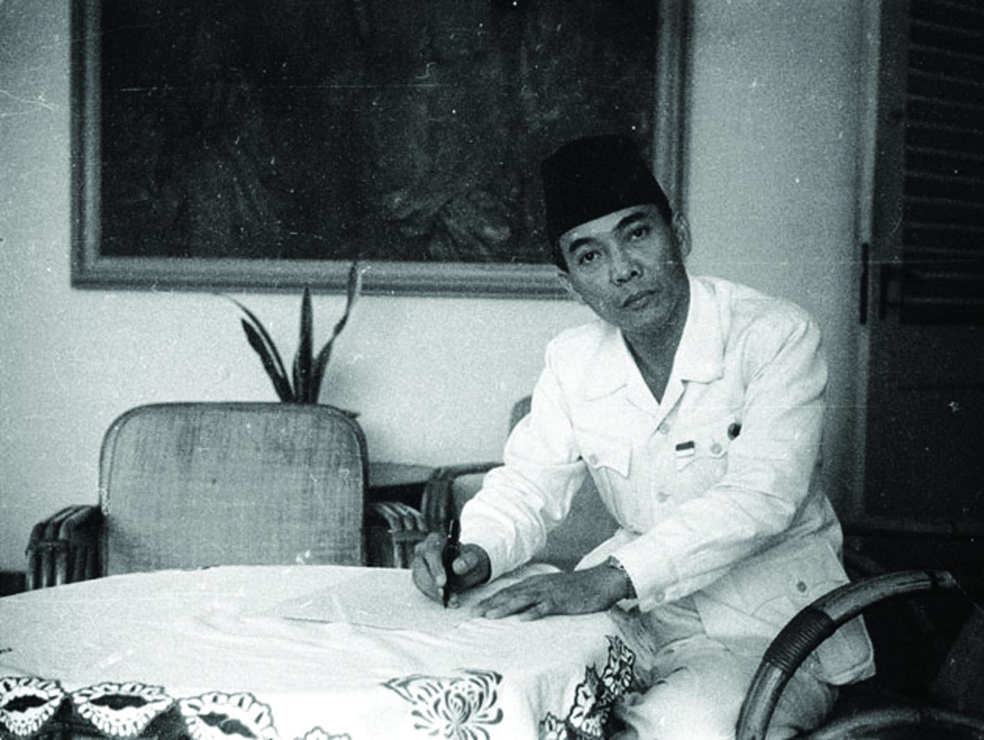 Soekarno meski punya kiprah di dunia politik Indonesia tapi juga berkiprah besar di bidang arsitektur Indonesia