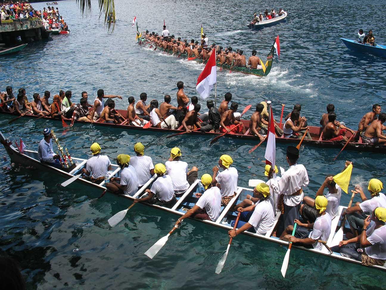 Kora-kora merupakan armada kapal perang masyarakat Maluku ketika melawan penjajah