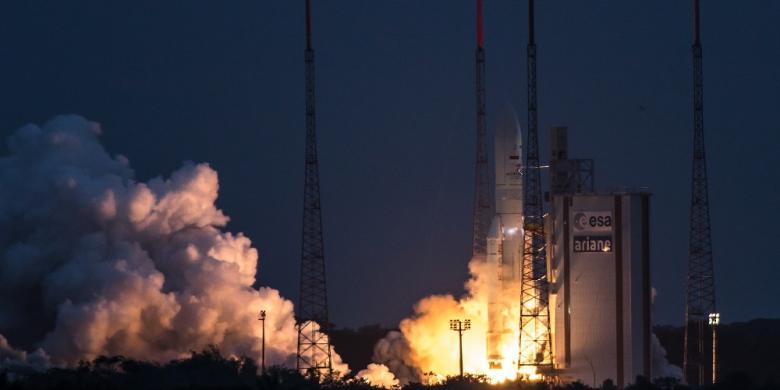 Peluncuran Satelit Telkom 3S di Guiana Spae Center, Perancis (foto: AFP)
