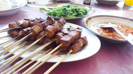 Sate tuna khas Gorontalo