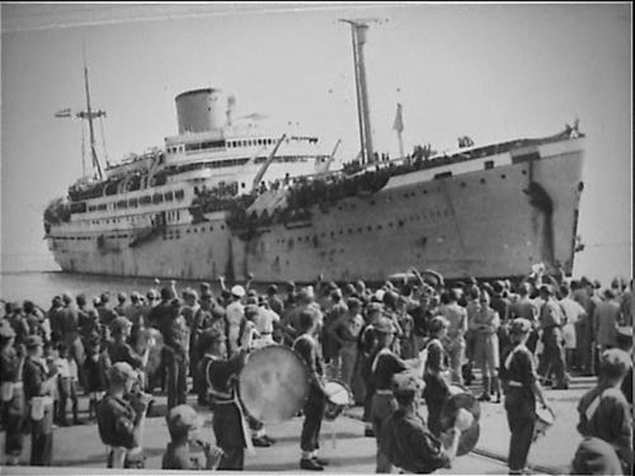 Beberapa hari setelah proklamasi kemerdekaan Republik Indonesia, Belanda kembali datang diwakili oleh NICA